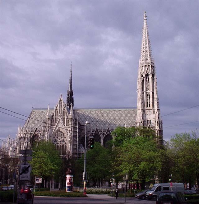 Церковь Вотивкирхе